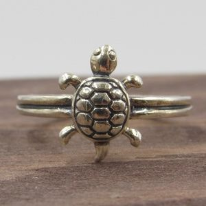 Size 3.5 Sterling Silver Petite Turtle Open Band